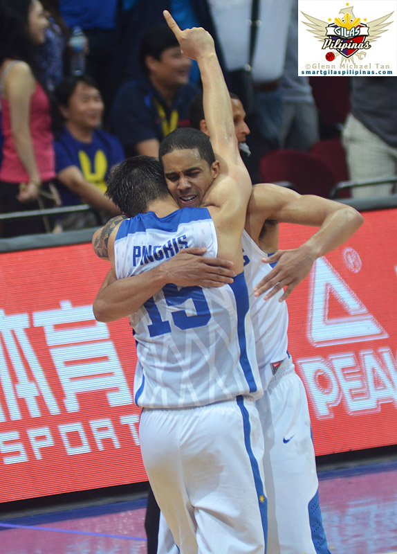 Marc Pingris and Gabe Norwood
